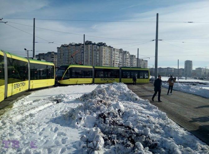 Фотофакт: як у Львові запустили перший трамвай на Сихів фото 3