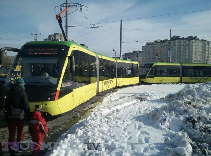Фотофакт: як у Львові запустили перший трамвай на Сихів фото
