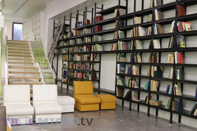 Бібліотека майбутнього: у Львові відкрили Центр Шептицького фото 9