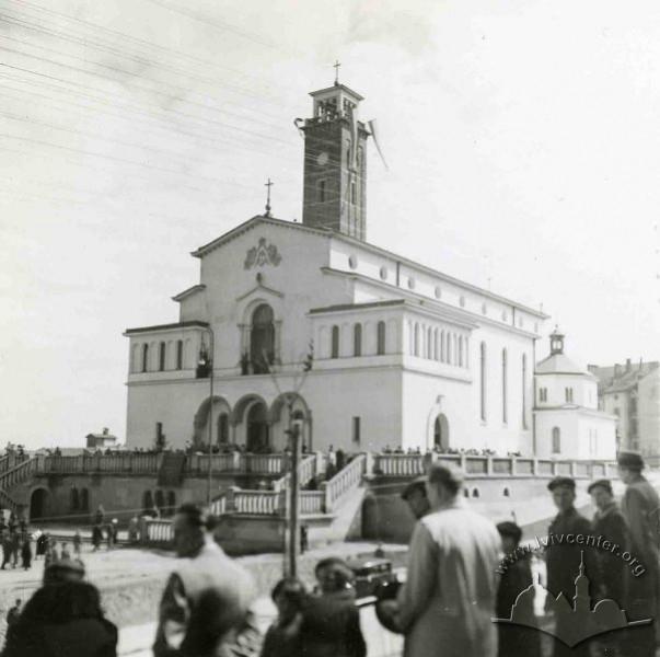 Колись і тепер: як виглядали львівські парки фото 13