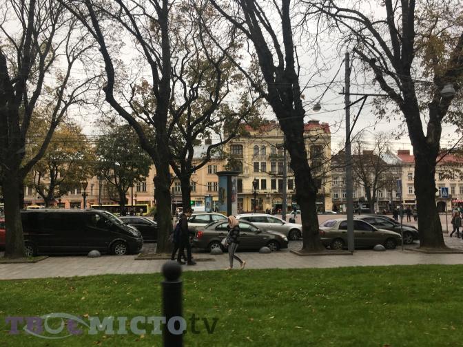 Де будуть рейди: у Львові посилено штрафують порушників паркування фото 1