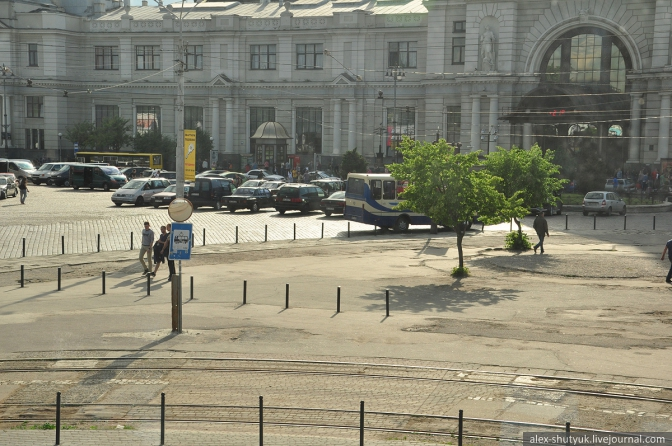 Тимчасові зміни маршрутів транспорту у Львові можна відслідковувати на сайті