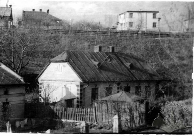 Частина Кульпаркова біля залізничної колії. Фото 1946-1960 рр. (lvivcenter.org)