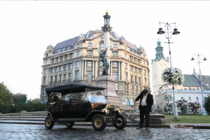 Щось цікаве: у Львові запустять ретро-тури на електрокарах фото 1