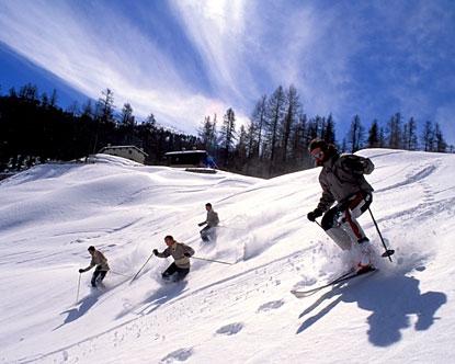 Покататись на лижах весною львів`яни можуть на Драгобраті та Буковелі