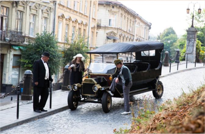 Щось цікаве: у Львові запустять ретро-тури на електрокарах фото