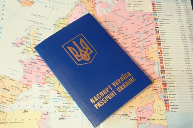 Українцям ускладнили правила виїзду на заробітки в Польщу
