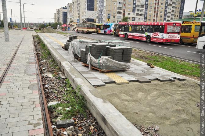 Фінал будівництва трамвайної колії на Сихів: фотохроніка фото 2