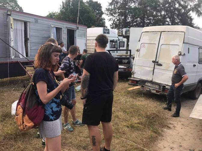 УЛьвівській області екологи зполіцією забрали ведмедицю зпересувного цирку