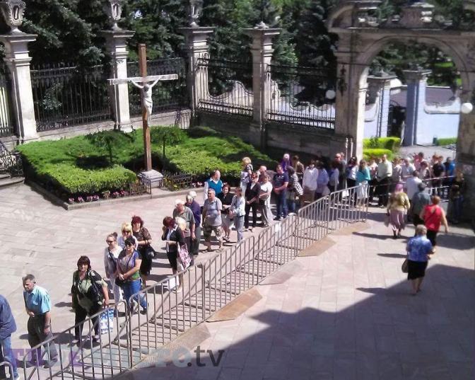 ВУГКЦ розповіли, як відбуватиметься прощання зЛюбомиром уЛьвові таКиєві