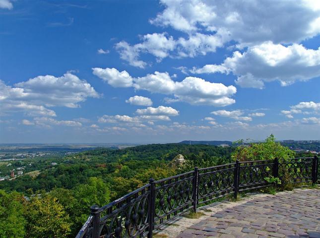 Топ оглядових майданчиків: де можна побачити найкращі панорами Львова фото