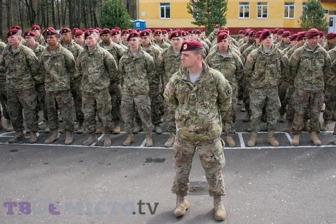 В Стаханов из России завезено большое количество инженерного вооружения, - замкомандующего АТО Федичев - Цензор.НЕТ 9036