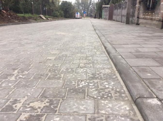 Дивись: у Львові вулицю Почаївську зробили пішохідною фото