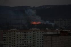 На горі Баба Род у Львові сталася пожежа. Фото. Доповнено 7974128bf6c4a